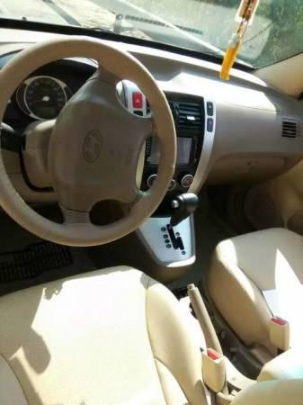 【昆明市】现代 新途胜 2009款 2.0l 两驱自动天窗版