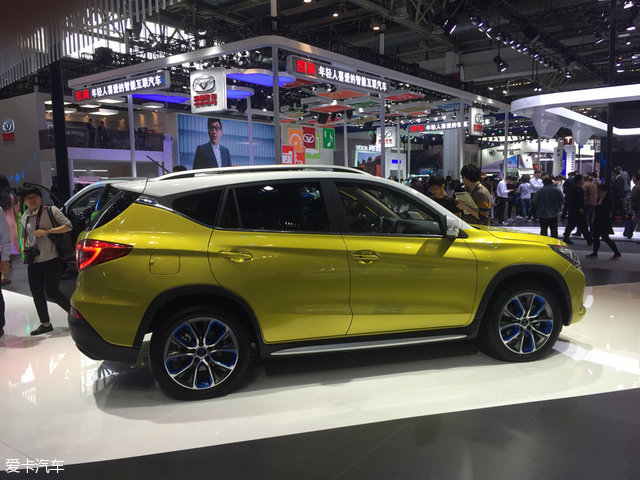 2016北京车展:比亚迪宋EV车型正式发布