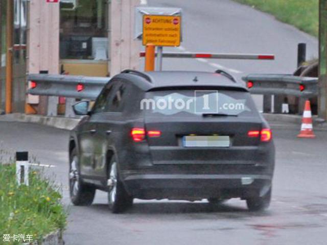 斯柯达全新中型SUV谍照 或巴黎车展亮相