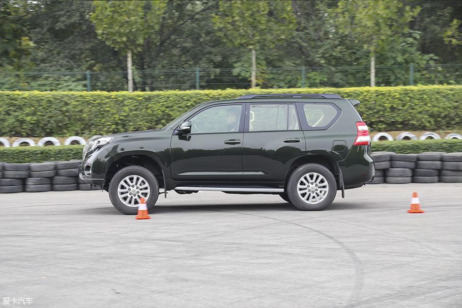 爱卡SUV专业测试 探险者和普拉多对比爱卡SUV专业测试 探险者和普拉多对比爱卡SUV专业测试 探险者和普拉多对比爱卡SUV专业测试 探险者和普拉多对比