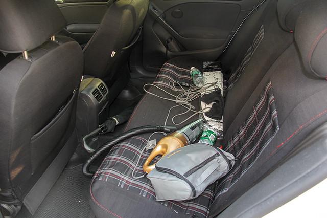 车内收纳方法
