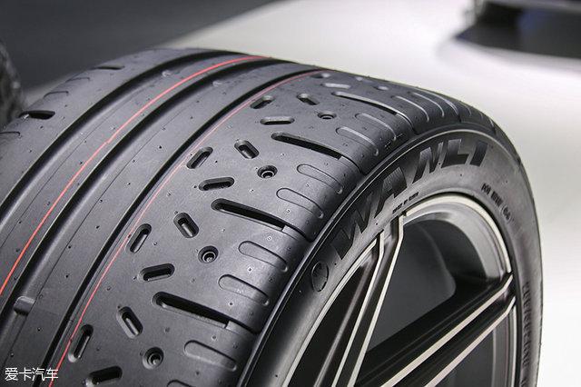 2016广州车展轮胎